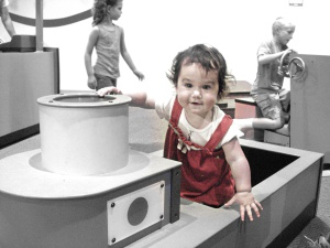 Ellie at OMSI 2011-08-27 1920x1440