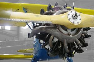 2012-11-09-flight-museum-biplane-01-1920x1285
